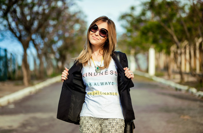 Look_Lu_Chata_de_Galocha_camiseta_branca_0008