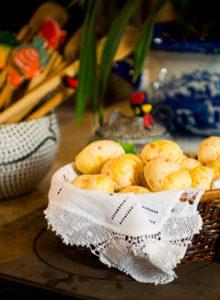 Receita de pão de queijo mineiro – O Chef e a Chata