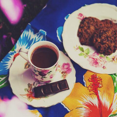 Receita de cookies e chocolate quente – O Chef e a Chata
