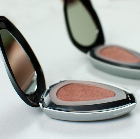 Blush Compacto Make B Brown – amando loucamente!
