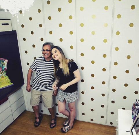 Video: decorando o armário com adesivo!