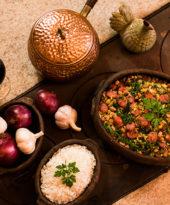 Como fazer feijão tropeiro – O Chef e a Chata