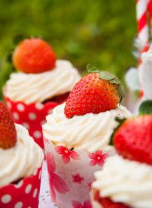 Cupcake Red Velvet com Chantilly – O Chef e a Chata