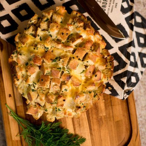 Pão de alho com queijo – O Chef e a Chata