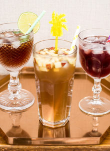 3 receitas refrescantes pra variar seu chá gelado!