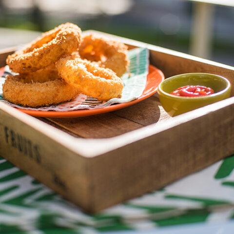 Como fazer Onion Rings recheadas | O Chef e a Chata