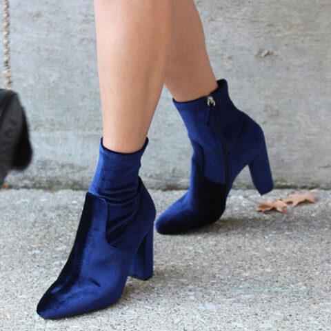 Sapato da vez: bota de veludo!