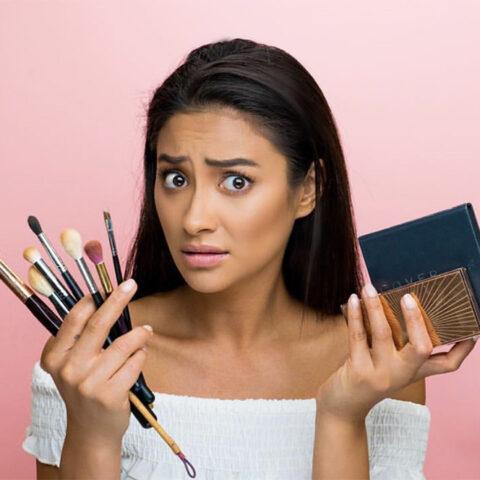Dicas de maquiagem com Shay Mitchell