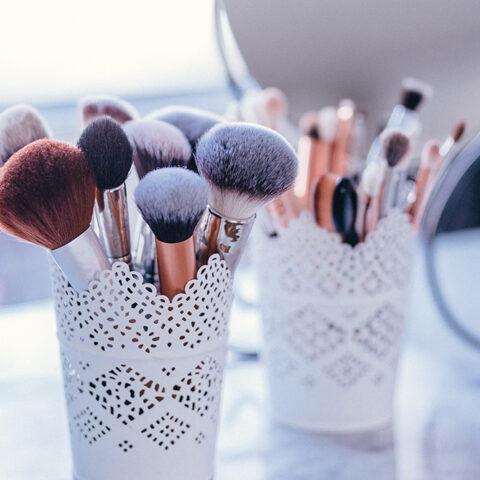 3 dicas simples para manter seus pincéis de maquiagem em dia