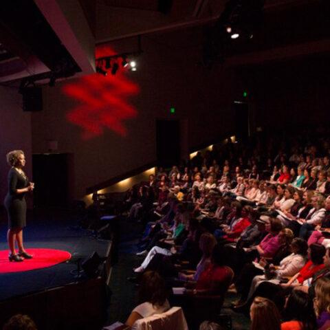 5 mulheres incríveis para você assistir no Ted Talks