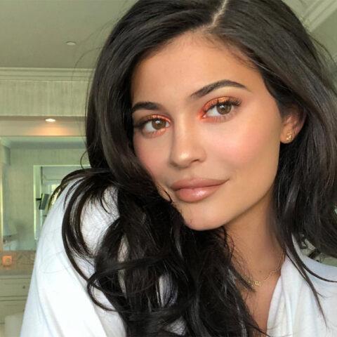 Truques de maquiagem que podemos aprender com a Kylie Jenner