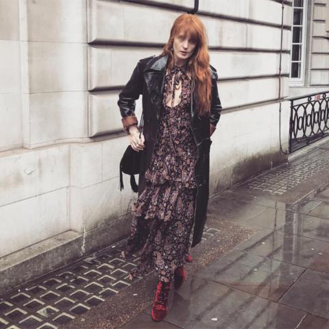 10 vestidões para você sair por aí igual a Florence Welch