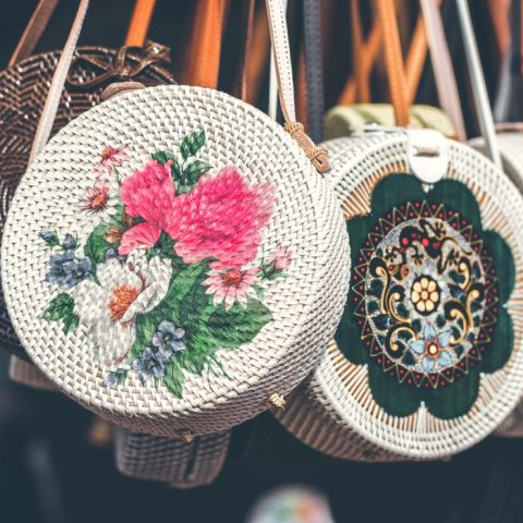 11 modelos de bolsa de palha para você usar nesse verão!