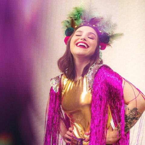 13 marcas para comprar acessórios incríveis de Carnaval
