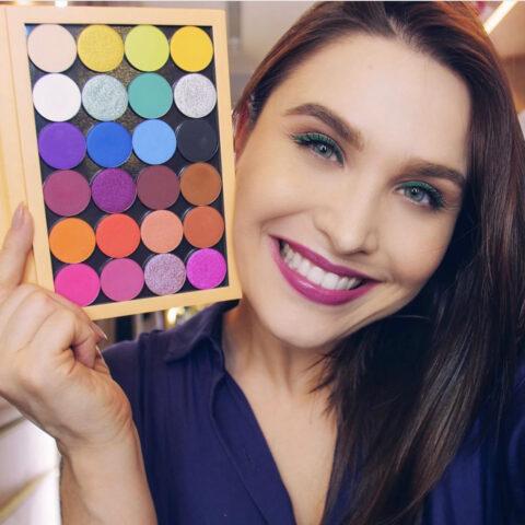 Os produtos que tenho amado para fazer maquiagens coloridas!