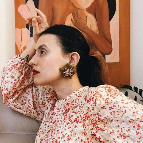 Brasilidade autobiográfica: a arte de Carol Burgo