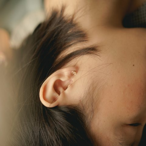 Terapia alternativa: auriculoterapia